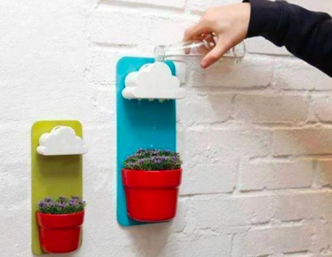 3D printed wall mount flower pot